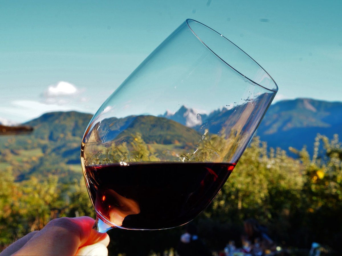 How to Drink at High Altitude