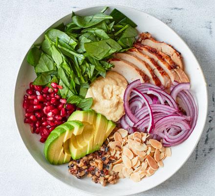 Quick chicken hummus bowl