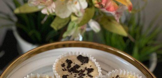 Oreo Cream Cheese Cupcake