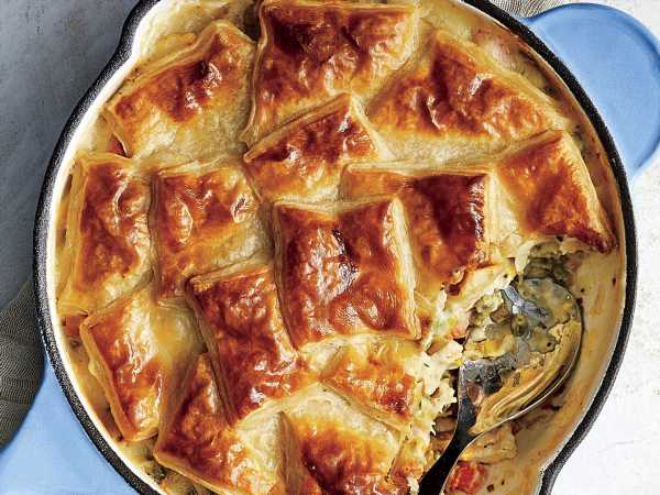 Skillet Chicken Pot Pie with Puff Pastry