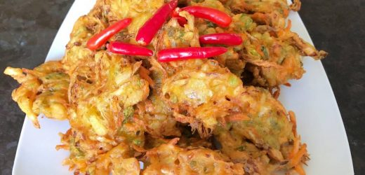 Indonesian Vegetable Fritters (bakwan sayur)