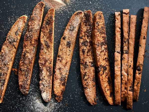 Chocolate Chunk Mandel Bread
