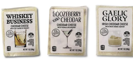Alcohol-Flavored Cheeses Are Aldi's Newest Holiday Offering