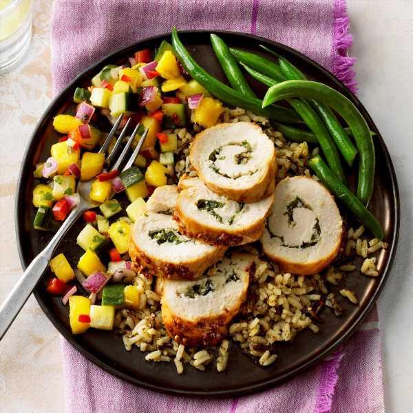 Basil Chicken Spirals with Mango Salsa