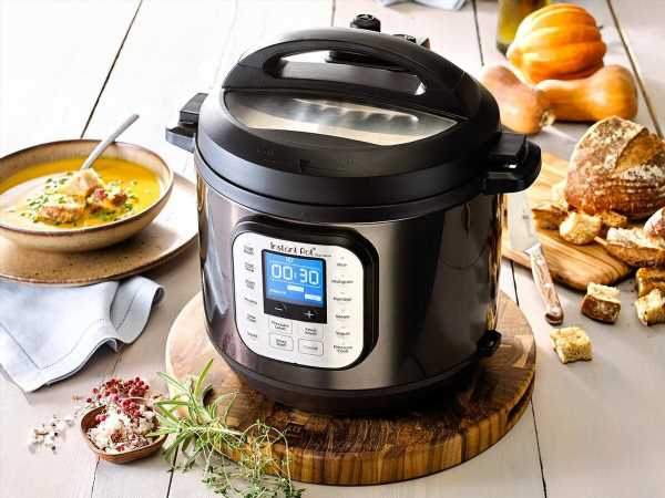 Macy's Slashed the Price of This 6-Quart Instant Pot to Just $80—but Not for Long