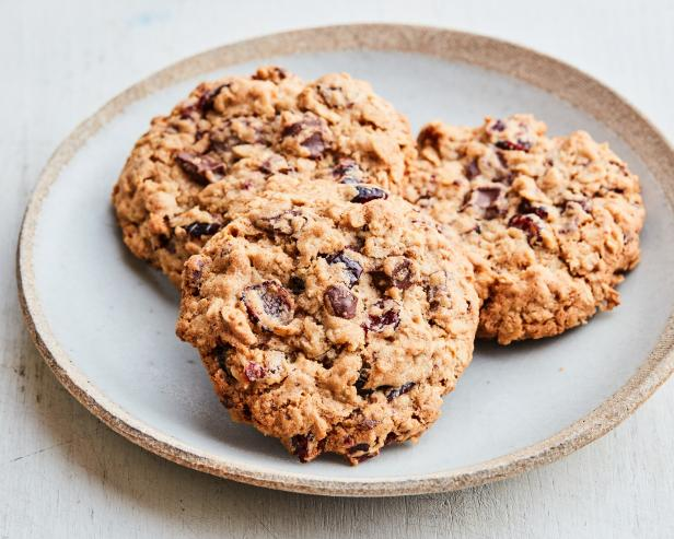 Oatmeal, Cranberry and Chocolate Chunk Cookies