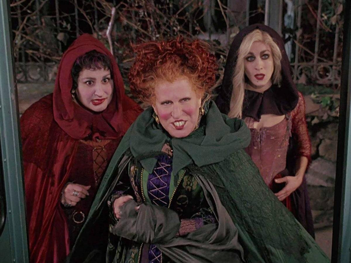 "A Virtual ""Hocus Pocus"" Event Featuring the Original Cast Will Air on Halloween Eve"