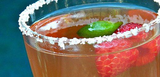 The BEST Raspberry Margarita!