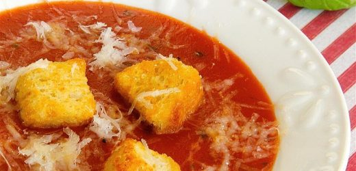 My Amazing Tomato Basil Soup (Like Applebee's®)