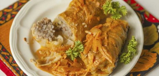 Russian Cabbage Rolls with Gravy