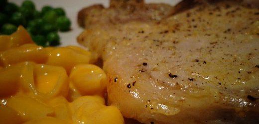 Garlic Seasoned Baked Pork Chops