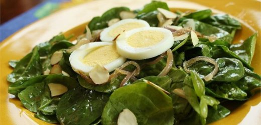 Wilted Spinach and Almond Salad