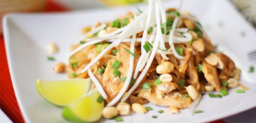 Classic Chicken Pad Thai