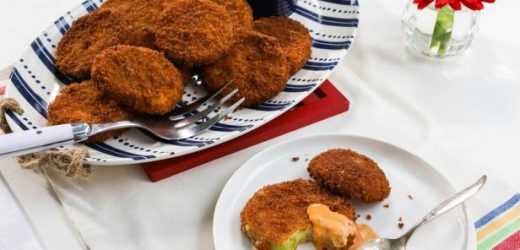 Fried Green Tomatoes with Spicy Ranch Dressing