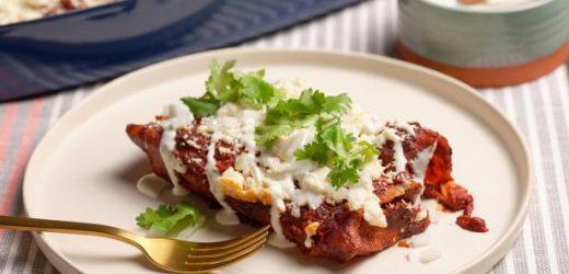 The Best Red Chicken Enchiladas