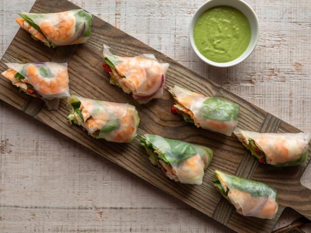 Shrimp Pesto Spring Rolls with Quick Pesto Dipping Sauce